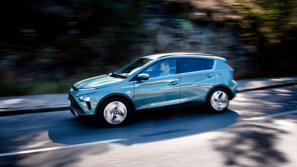 Bayon bygger på Hyundais minsta modell i20, och är ännu en bilmodell i det växande segmentet av upphöjda småbilar.