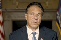I ett videouttalande på tisdagen avfärdade New Yorks guvernör Andrew Cuomo anklagelserna om sexuella trakasserier.