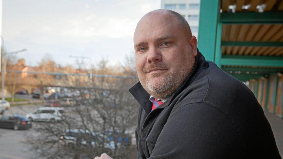 Timoteus Lind, rektor på Johan Movingers gymnasium, är kritisk mot att försöka stoppa religiösa skolor.