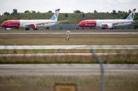 Flygplan på marken på Kastrups flygplats i juni 2020.