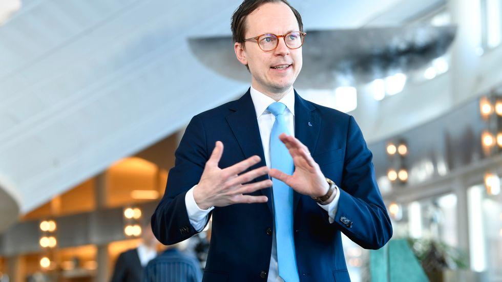 Mats Persson, ekonomisk talesperson för Liberalerna, kommenterar regeringens budget. Arkivbild.