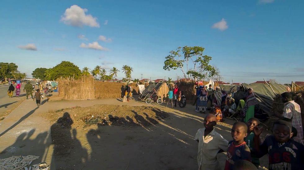 Civila räddade från extremistfäste i Moçambique