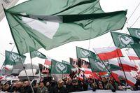 Högerextremister marscherade i den jättelika självständighetsmarschen i Warszawa på söndagen.
