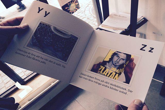 Knutbyskolan gjorde en bok där man tagit sig an alfabetet utifrån ett Rinkeby-perspektiv.