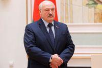 Belarus president Aleksandr Lukasjenko säger att han stänger gränsen mot Ukraina. Arkivbild.