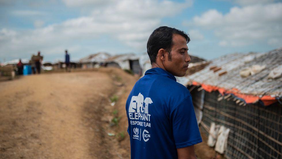 Moni Ahmed, elefantvakt vid världens största flyktingläger.