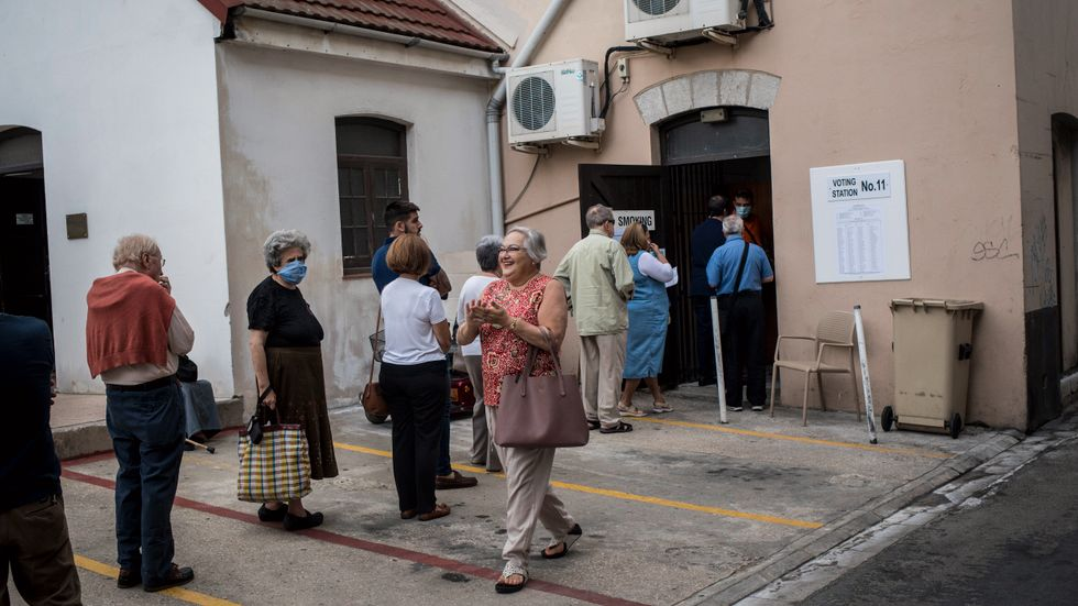Röstande köar i Gibraltar på torsdagen.