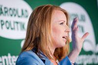 Centerpartiets partiledare Annie Lööf (C) håller pressträff under Centerpartiets dag på politikerveckan i Almedalen.