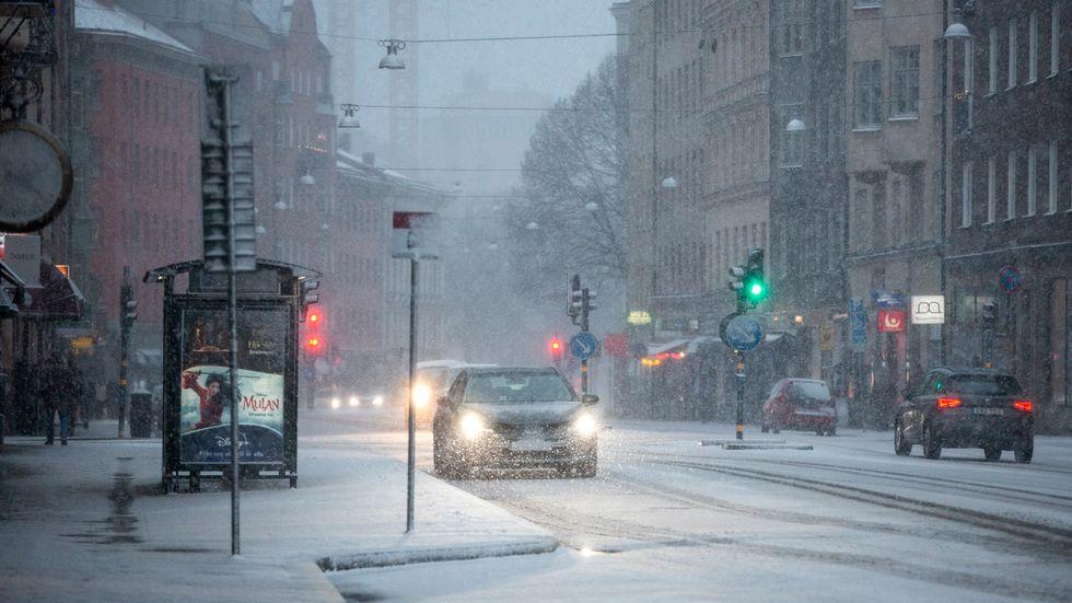Under kommande vecka väntas vinterkylan dra in över Sverige.
