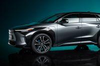 Toyota satsar mer på batterielektriska bilar och kommer med nya bZ4X.