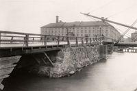 Eldkvarn och Nya Kungsholmsbron.