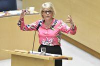 Moderaternas ekonomiske talesperson Elisabeth Svantesson under budgetdebatten i riksdagen.