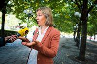 Sveriges miljöminister Karolina Skog (MP) hade hoppats på en halvering av utsläppsnivåerna, men fick anpassa sig till EU-kollegernas gemensamma mål. Arkivbild.