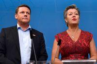 Tobias Baudin, Kommunals ordförande, och Ylva Johansson, arbetsmarknadsminister (S).