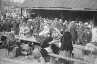 Judar på en marknad i Novgorod runt år 1900.