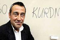 22/4 –När jag kom till Sverige hade lärarna och kompisarna svårt att uttala både turkiska Yusuf och kurdiska Uso, så det blev snabbt Josef. Eftersom det inte ligger något tvång eller förtryck bakom det namnet, har jag aldrig stört mig på det, säger Uso Kurdman.