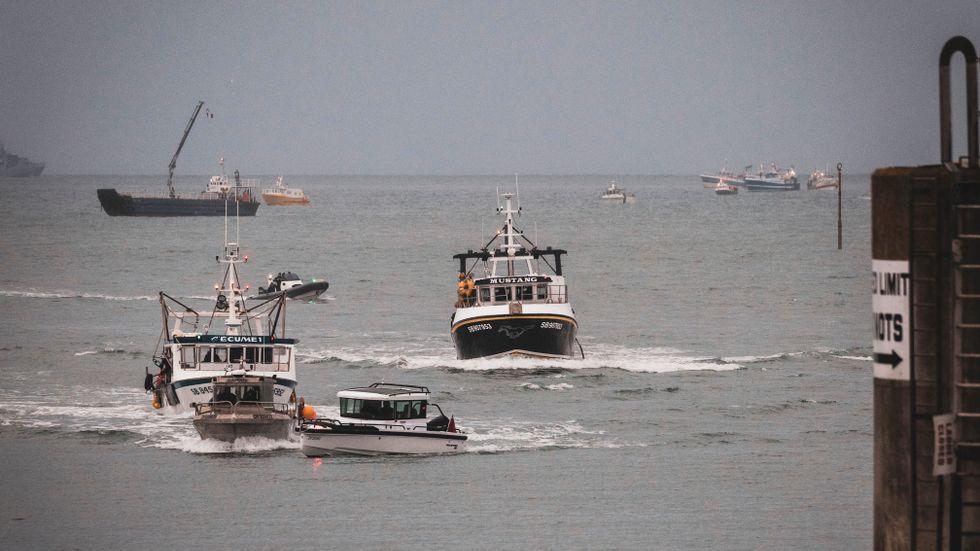 De franska fiskebåtarna har börjat dra sig tillbaka från Jersey.