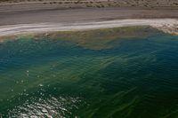 Badsugen? Ta en titt på hur vattnet ser ut innan du hoppar i. Arkivbild.
