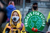 Klimataktivisten Greta Thunberg i en manifestation med Fridays for future. Thunberg är starkt kritisk till EU-parlamentets godkännande av en ny jordbruksreform. Arkivbild.