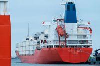 Dansk polis stoppade ett containerfartyg vid Stora Bältbron efter att det smugglat en last på 100 kilo kokain.