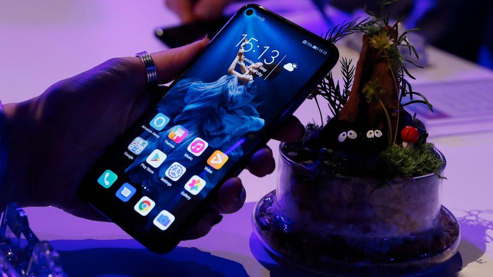 Huawei på väg sälja lågpristelefonen Honor. Arkivbild.
