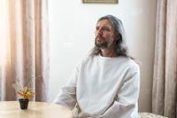 I Sovjetunionens slutfas miste Sergej Torop sitt arbete som trafikpolis. En kort tid senare blev han Vissarion, den sibiriske Kristus.