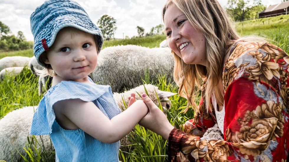 På en gård norr om Norrtälje har Johanna Schuster funnit ett lugn.