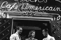 """Paul Henreid, Ingrid Bergman och Humphrey Bogart vid inspelningen av """"Casablanca"""" 1942. Nu hotas lyxhotellet i Tanger, vars bar var förebild till filmbaren, av stängning."""