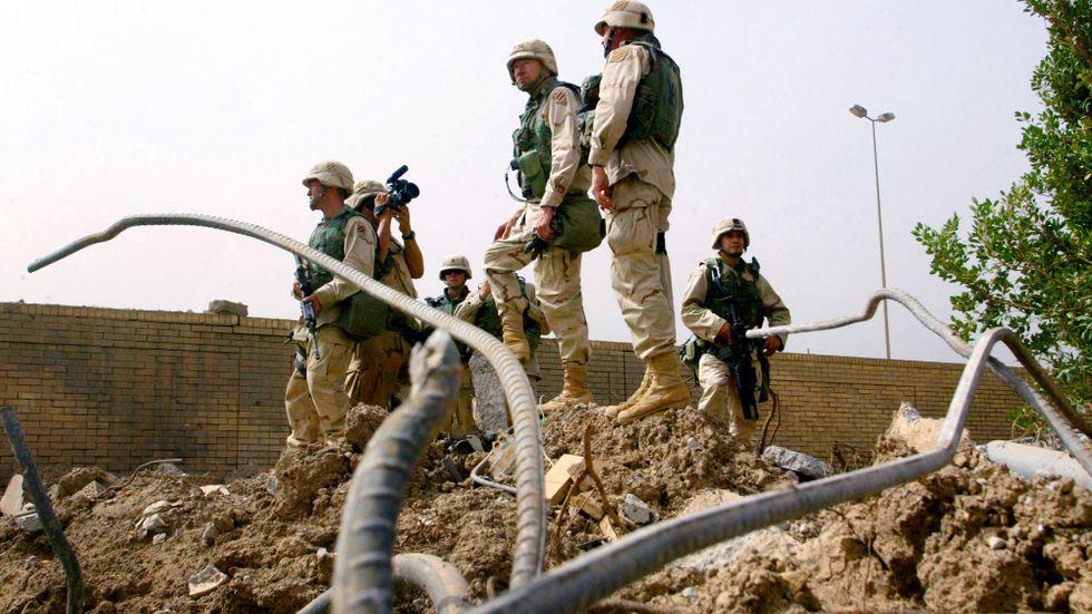 Amerikanska soldater anländer till Bagdad i april 2003.