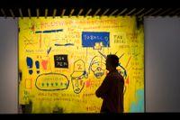 "Jean-Michel Basquiat, ""Hollywood Africans"", 1983, installationsvy på Barbican."