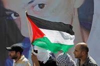 Den 2 juli fördes den 16-årige palestiniern Muhammed Abu Khudair bort i Jerusalem och hittas sedan mördad. Obduktionen visar att han brändes ihjäl. Tre israeliska extermister har erkänt. Uppretade av kidnappningen och mordet skedde sammanstötningar mellan palestinier och israelisk polis i Jerusalem under förra fredagen.