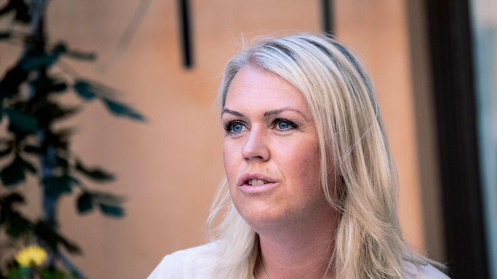 Barn-, äldre- och jämställdhetsminister Lena Hallengren (S vill att kommuner inte ska neka assistanstimmar med motiveringen att de inte har råd. Arkivbild