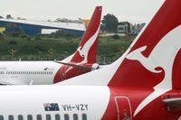 Ett Qantas-plan på flygplatsen i Sydney. Arkivbild.