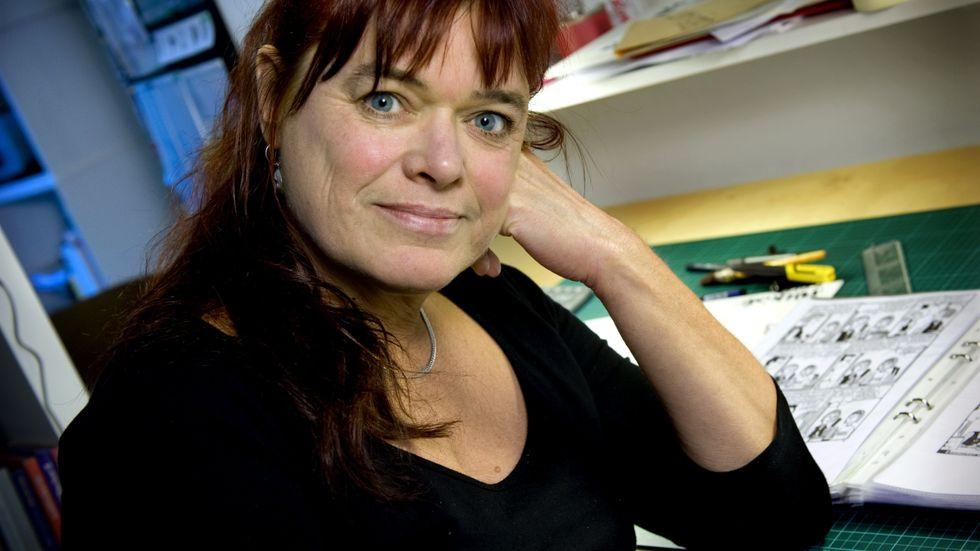 Lena Ackebo skriver redan på en tredje och avslutande del om sina romanfigurer Mona och Barbro.