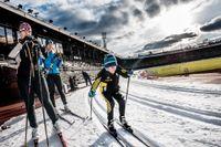 Full fart i spåret när 8-årige William Forsberg-Meinhart åker skidor. Det är första gången för i år, men mer blir det, berättar han.