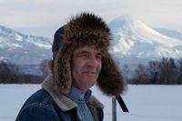 """Bonden Ilja Semikatka på marken han fått av staten - hans """"Putin-hektar""""."""