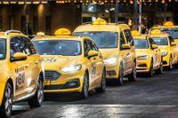 Taxichaufförer är den kategori av yrkesförare som gör flest fortkörningar, enligt en ny mätning av hastighetsöverträdelser bland yrkesförare som Folksam genomfört. Arkivbild.