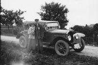 Romantik och affärer. Kombinerad bröllops- och affärsresa när SvD-läsaren Maria Asplunds föräldrar Fridolf och Signe Hellström åkte till FN-fabriken i Liège i Belgien i augusti 1924.