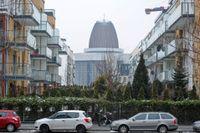 Detta bostadsområde i Warszawa byggdes för cirka tio år sedan, då hundratusentals personer i Polen tog stora bostadslån i schweiziska franc. Sedan dess har francen stigit dramatiskt i förhållande till polska zlotyn.
