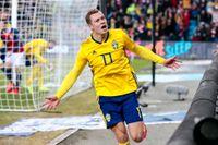 Viktor Claesson firade sitt 1–2-mål i EM-kvalmatchen borta mot Norge (3–3) i Oslo.