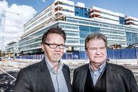 SvD:s reportrar Henrik Ennart och Fredrik Mellgren.