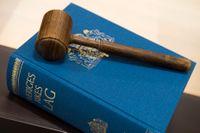 En fotbollsdomare på elitnivå som åtalats för grova bedrägerier döms till 4,5 års fängelse. Arkivbild.