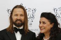 Polarpristagarna Max Martin och Cecilia Bartoli anländer till prisutdelningen i Stockholms Konserthus.