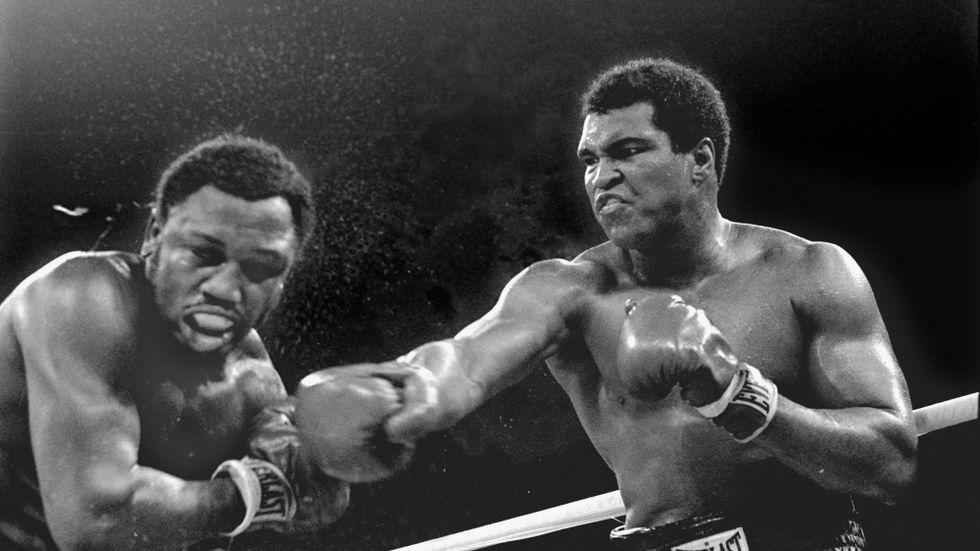 Muhammad Ali i matchen mot Joe Frazier 1975.