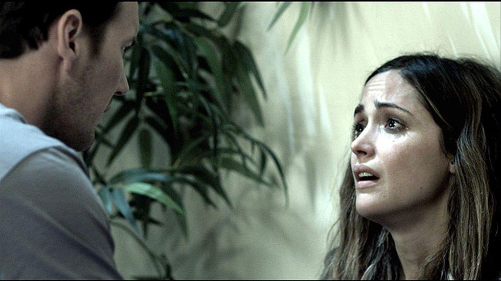 En skrämd Renai Lambert (Rose Barne) i Insidious.