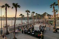I södra Spanien, inte långt ifrån populära turistorter som Marbella och Nerja ligger storstaden Malaga. Det är en plats som på senare år vuxit kraftigt bland utlandsköpare.