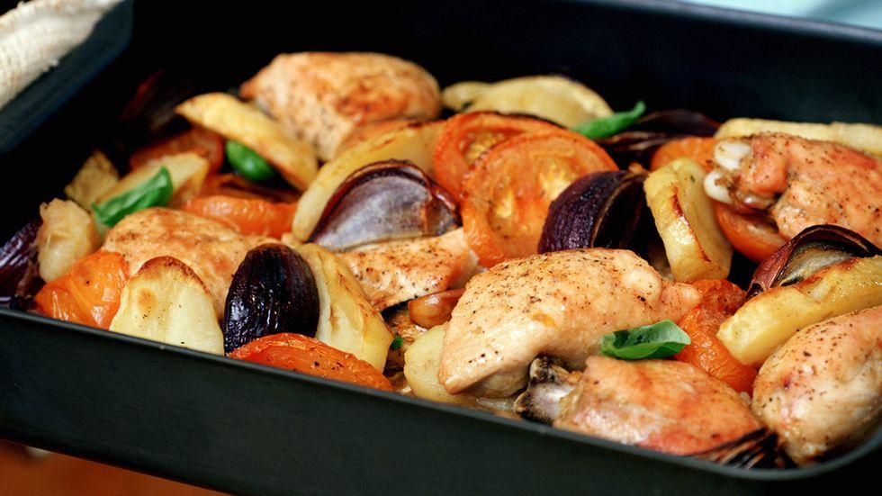 Svenskarna vill helst äta kyckling till middag.