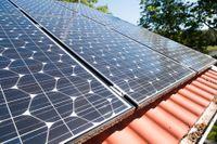 Solenergibolaget Soltechs dotterbolag skjuter upp sina planer på börsnotering.