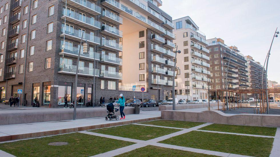 På företaget Lånbyte brukar man se att intresset för att se över sin privatekonomi ökar under sommaren. Men i år har antalet förfrågningar ökat markant.