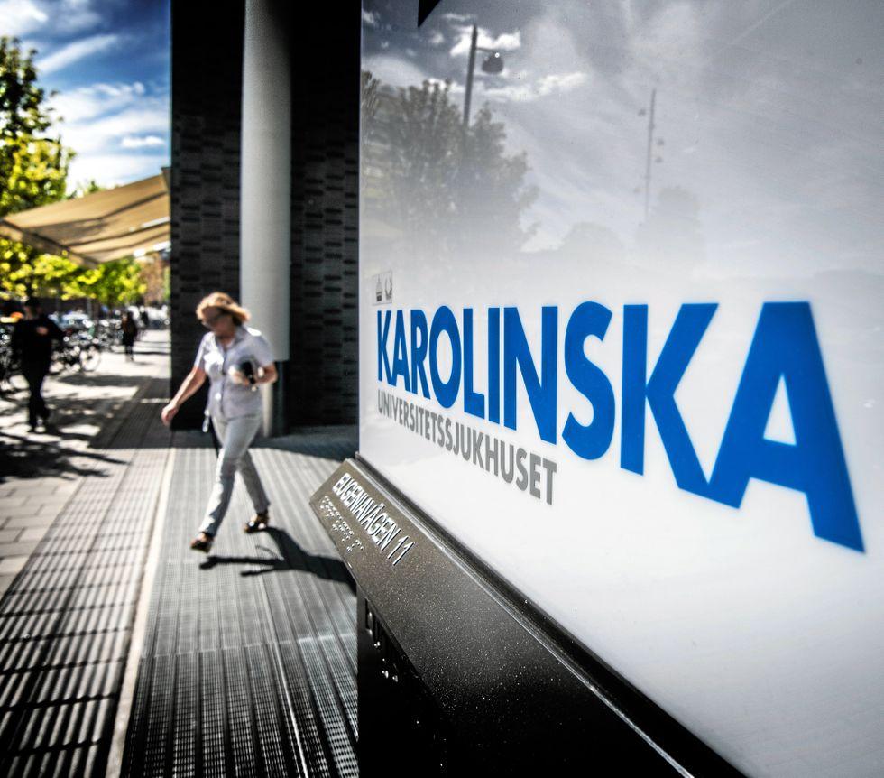 Under tisdagen lades beskedet fram att 550 personer varslas om uppsägning på Karolinska i Solna och Huddinge.